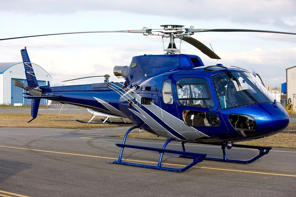 large helicopter with Eurocopter As350 B3 on Kate Middleton Style as well 4499 Pilatus Pc 12 Model With Detailed Interior And Lights additionally H130 25 additionally Bdk Newcon Lavina moreover Summer Kazan From Birds Eye View.